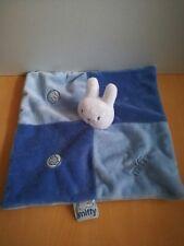 Doudou Lapin Miffy bleu blanc plat
