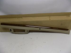New OEM 2006-2011 Ford Crown Victoria Instrument Panel Dash Moulding Trim Right