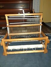 Loom, maple made in Que
