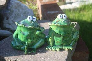 Kleiner Frosch aus Keramik, glasiert, H 10 cm, 2 Modelle erhältlich, Dekofrosch