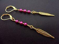 Un par de oro color púrpura granos Pluma Gancho Gancho Pendientes. nuevo.