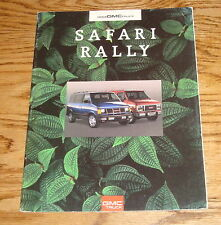 Original 1993 GMC Safari & Rally Sales Brochure 93
