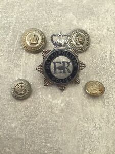Obsolete Kings Crown Metropolitan Buttons and Old Style Q/C Cap Badge