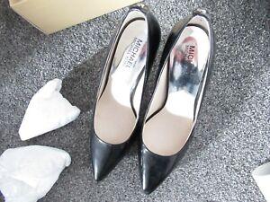 MICHAEL Michael Kors Black Patent Court Shoes UK Size 5.5 (MKors size 8M)