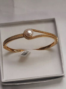 Beautiful Freshwater Pearl Woven Hinged Bangle 18K Yellow Gold Plate 7.5 Inch