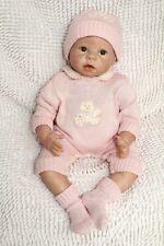 Vrai grand bébé reborn toddler Marjolaine poupée réaliste 60 cm + trousseau