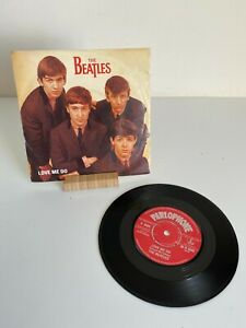 "The Beatles Love Me Do 7"" Single - R4949 Mono - VG/VG"