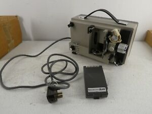 VINTAGE BOOTS AUTO ZOOM PROJECTOR DUAL 8MM CINE FILM NO BULB/LAMP WORKING E9