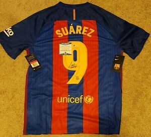 Luis Suarez Signed Barcelona Nike Soccer Jersey Beckett-W COA