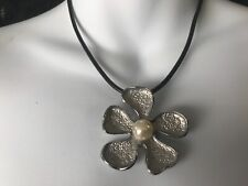 CAPIZ PRETTY BLACK CORD ENAMELLED SILVER FLOWER WITH PEARL FEATURE CHIC NECKLACE