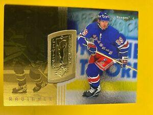 D45975  1998-99 SPx Finite Radiance #180 Wayne Gretzky LIVING LEGENDS BK$50