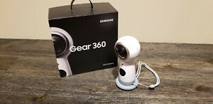 SAMSUNG Gear 360 2017 Edition Real 360 Degree 4K VR Camera - White