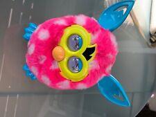 Hasbro Furby Pink mit Punkten