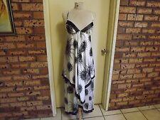 Leona Edmiston Stunning Tierred Full Length Gown sz 8