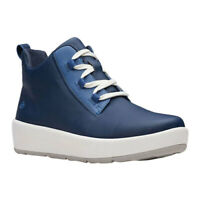 Clarks Women's   Step North Mid Winter Boot