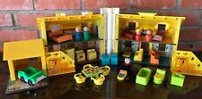 Vintage Fisher Price Little People #952 1969 Play Family House