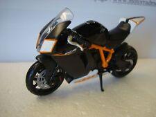 B-M-W R nineT Urban GS Weiss Ab 2014 1//18 Bburago Modell Motorrad