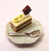 1:12 Dolls House Miniature Hand Made Cake Slice On Plate Kitchen Accessory ML4