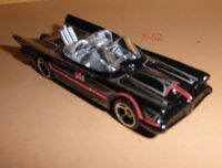 BATMOBILE 66 hot wheels TOY diecast BATMAN car 1:64 classic adam west FUTURA