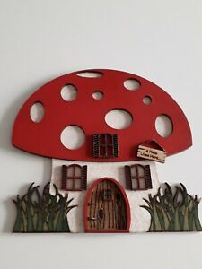 NEW. HANDMADE WOODEN PIXIE HOUSE. SKIRTING BOARD HOME FOR PIXIES. BNWOT.