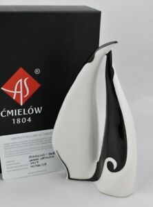 Cmielow Penguin Pair Porcelain Figurine. Boxed with Certificate
