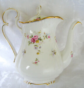 Stunning Large Royal Albert Tenderness Coffee Pot (1 Litre) C1980