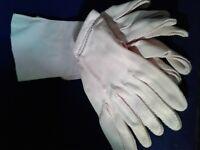 2 x  Crescendoe Women's CRELON Nylon Gloves . Small Size