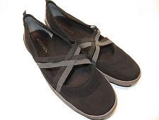 "AEROSOLES ""Undefeated"" Black Fabric Slip-Ons Women's Size 12 Medium EUC"