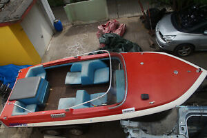 Glastron Motorboot mit Trailer