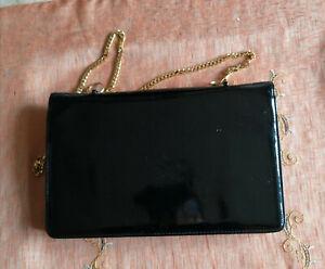 pochette di vernice nera e borset beige anni 50/60 vintage in ottime condizioni,