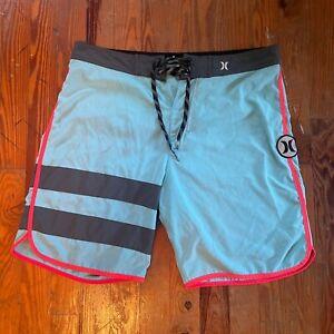 Hurley Phantom Men's Size 34 Board Shorts Swim Trunks Blue Pink Logo Patch