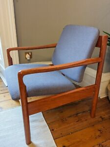 Ercol 773 Easy Armchair Mid Century Style Vintage