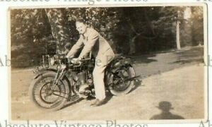OLD PHOTOGRAPH MOTORCYCLE & RIDER VINTAGE 1920S