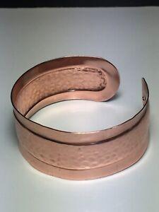 Copper Unisex Classic Design Signed Exquisite Hammered Bracelet Pain Relief