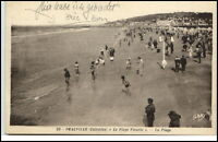 Deauville France CPA ~1910/20 Calvados la plage Fleurie Strand Meer Personen