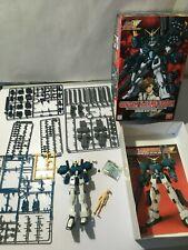 Bandai - Gundam Wing Endless Waltz EW-4 Heavy Arms Custom EW HG 1/100 Model Kit