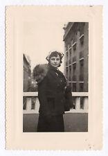 PHOTO FEMME 1950 Mode Chapeau Curiosité Fourrure Tour de cou Fur Renard Écharpe