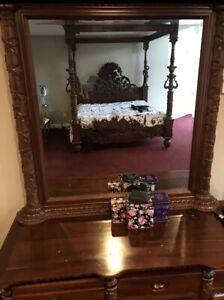 18th Century Style Canopy Mahogany Bedroom Set