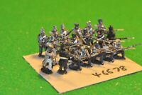 28mm napoleonic / french - part painted (as photo) 19 figs - inf (46678)