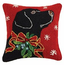 Peking Handicraft Black Lab with Holly Ribbon Hook Wool Throw Pillow, Black/Red