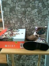 NEW IN BOX ROXY HOLLISTON WOMENS CREAM COLORED BOOTS SIZE 6 MEDIUM WIDTH