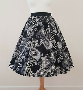 1950s Circle Skirt Black Paisley Print All Sizes - Monochrome White Daisy Retro