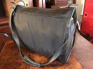 Hartmann Black Canvas & Leather Carry On Overnight Luggage Duffle Gym Bag Lined