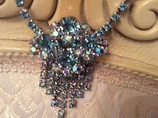 VINTAGE THIEL BLUE RHINESTONE NECKLACE AND EARRLING TASSEL STYLE GEORGOUS !!!!!!