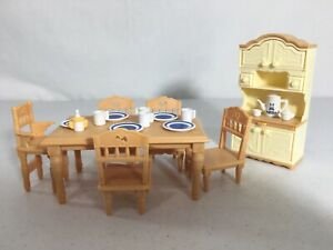 Calico critters/sylvanian families Kitchen Dining Room With Vintage Dishes