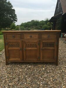 Jaycee oak sideboard, 3 doors, 3 drawers