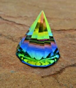 6cm Crystal Pyramid Paperweight Figurine Collectible Home Decoration