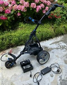 Motocaddy S3 Pro motorised golf trolley with 36 hole lithium battery