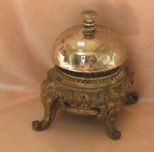Ancienne sonnette de comptoir d'hôtel de table en régule