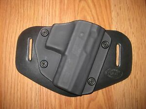 OWB Kydex/Leather Hybrid Holster with adjustable retention for CZ